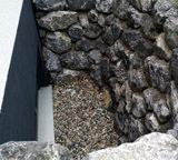 Lichtschacht/Natursteinmauer
